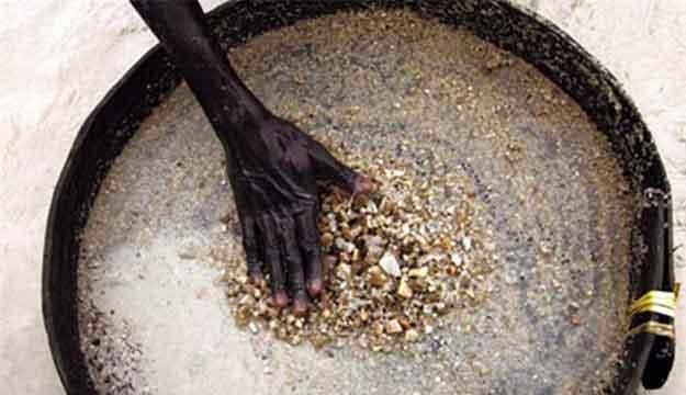 钻石矿石图片-钻石矿的选矿为什么要用到跳汰机